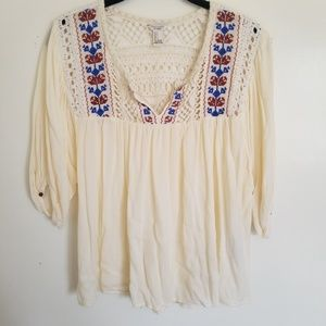 Forever 21 flowy embroidered blouse